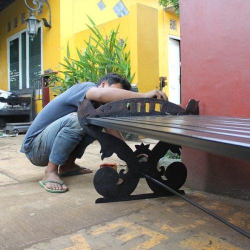 proyek bangku antik unik belitung