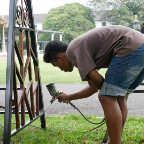 proyek puro mangkunegaran kursi gazebo antik