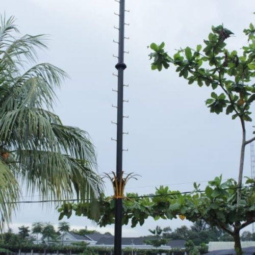 proyek tiang lampu sorot highmast anti petir kabupaten belitung