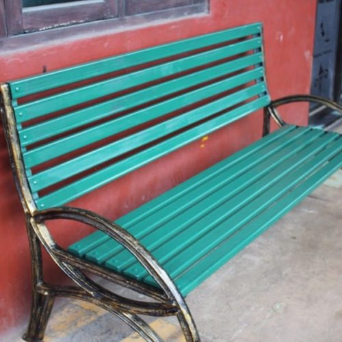 proyek kursi taman antik minimalis makassar
