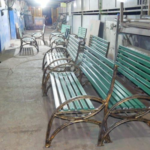 proyek kursi minimalis kota makassar
