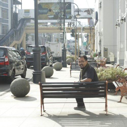 kursi-pedestrian-kota-bandung (9)