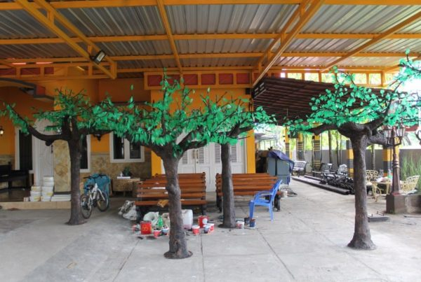 proyek pohon LED taman kabupaten sampang