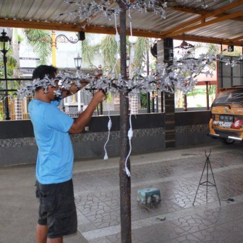 proyek taman lampu pohon dekoratif pemkab sampang madura