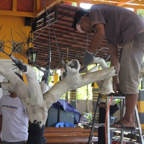 proyek replika pohon kabupaten sampang madura