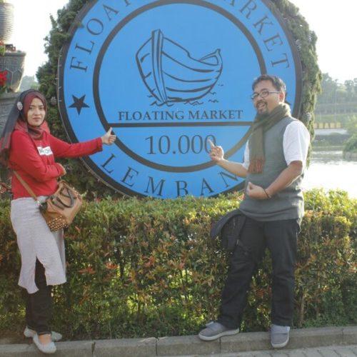 papan-nama-floating-market-bandung (2)