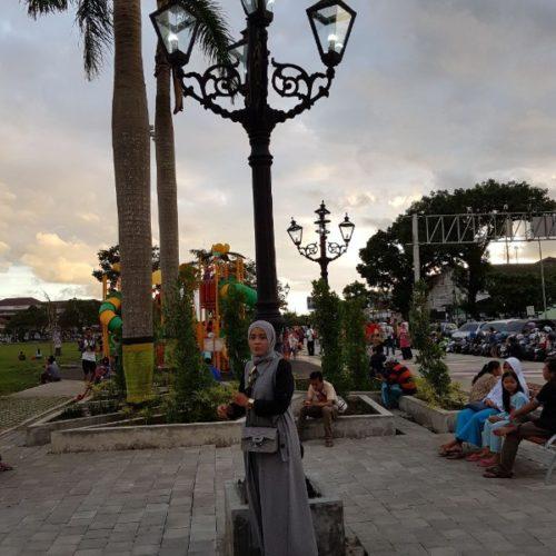 proyek tiang lampu antik alun-alun purworejo