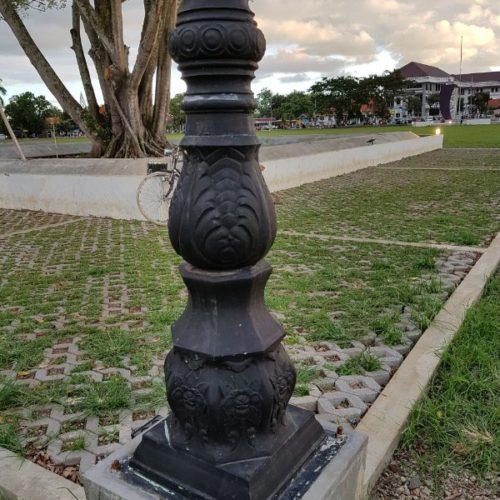 proyek tiang lampu antik purworejo