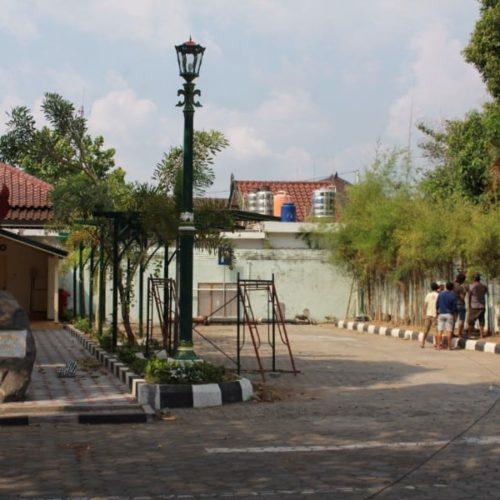 proyek tiang lampu cor antik kantor gubernur yogyakarta