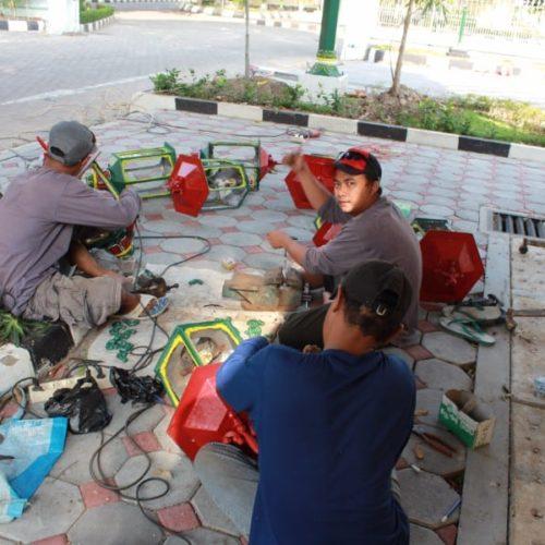 proyek lampu taman klasik kantor gubernur yogyakarta