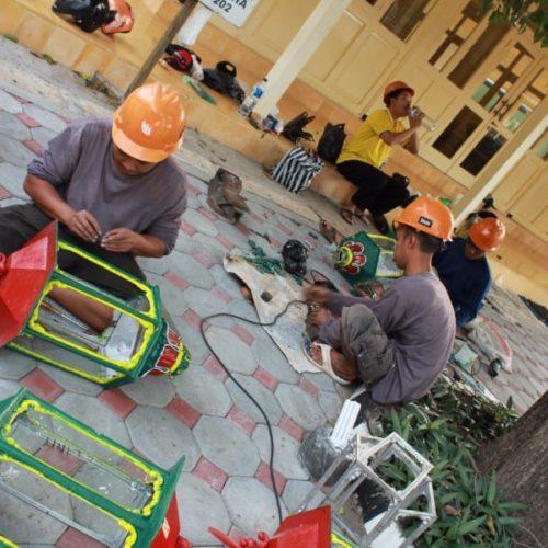 proyek lampu taman kantor gubernur yogyakarta
