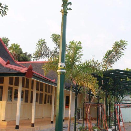 proyek tiang lampu taman ornamental kantor gubernur yogyakarta