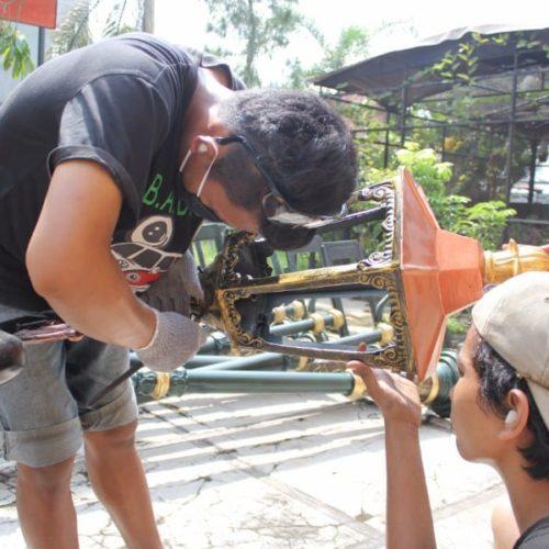proyek tiang lampu cabang klasik unik lombok