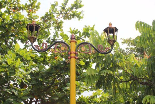 proyek tiang lampu cabang klasik kabupaten lombok tengah