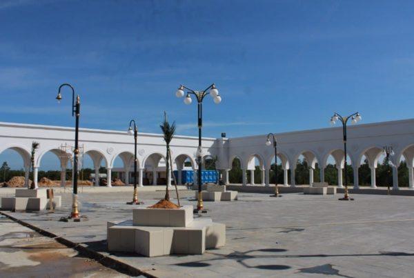 proyek tiang lampu taman ornamental islamic center nunukan kalimantan utara