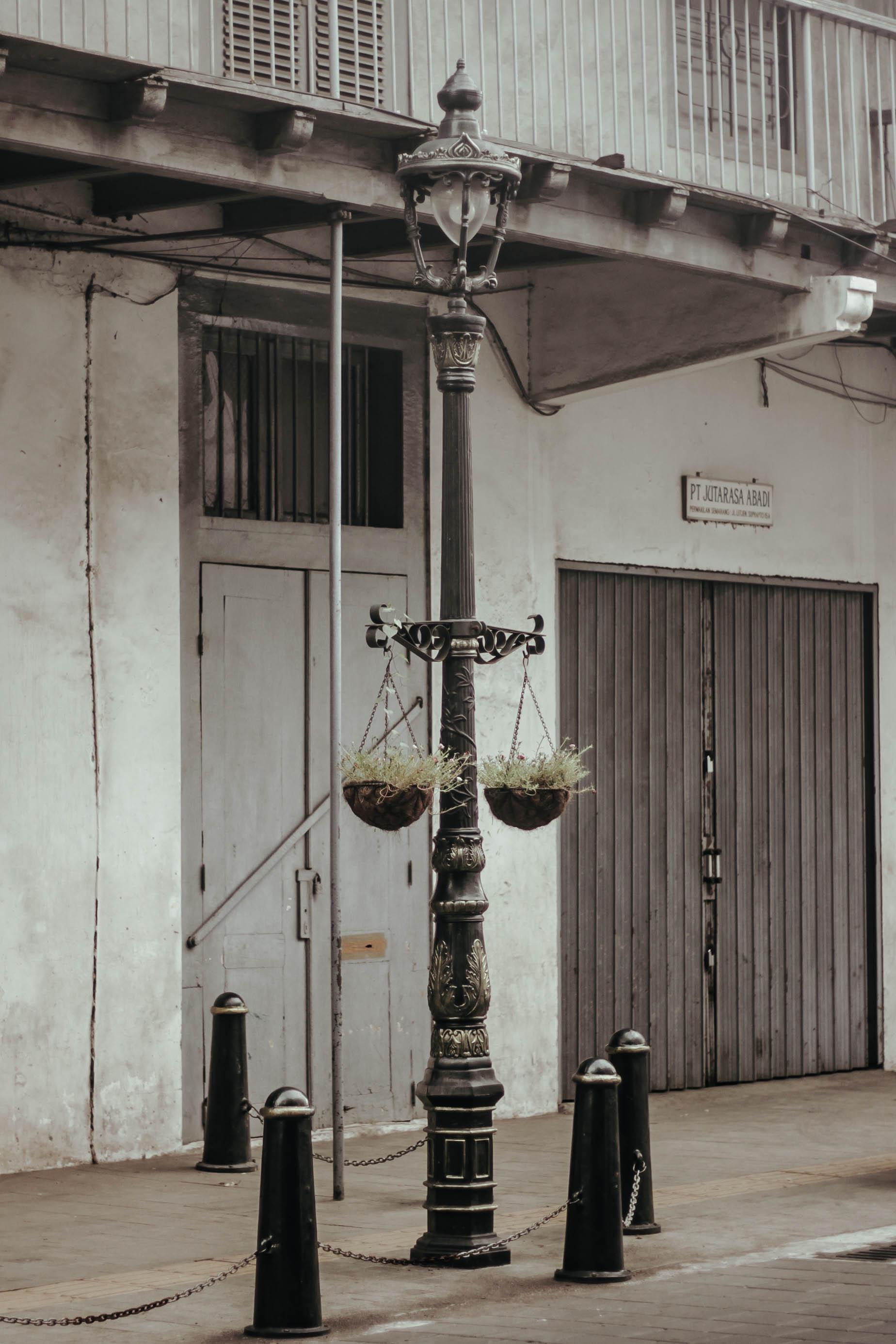 Tiang Lampu PJU Tunggal Untuk Purworejo