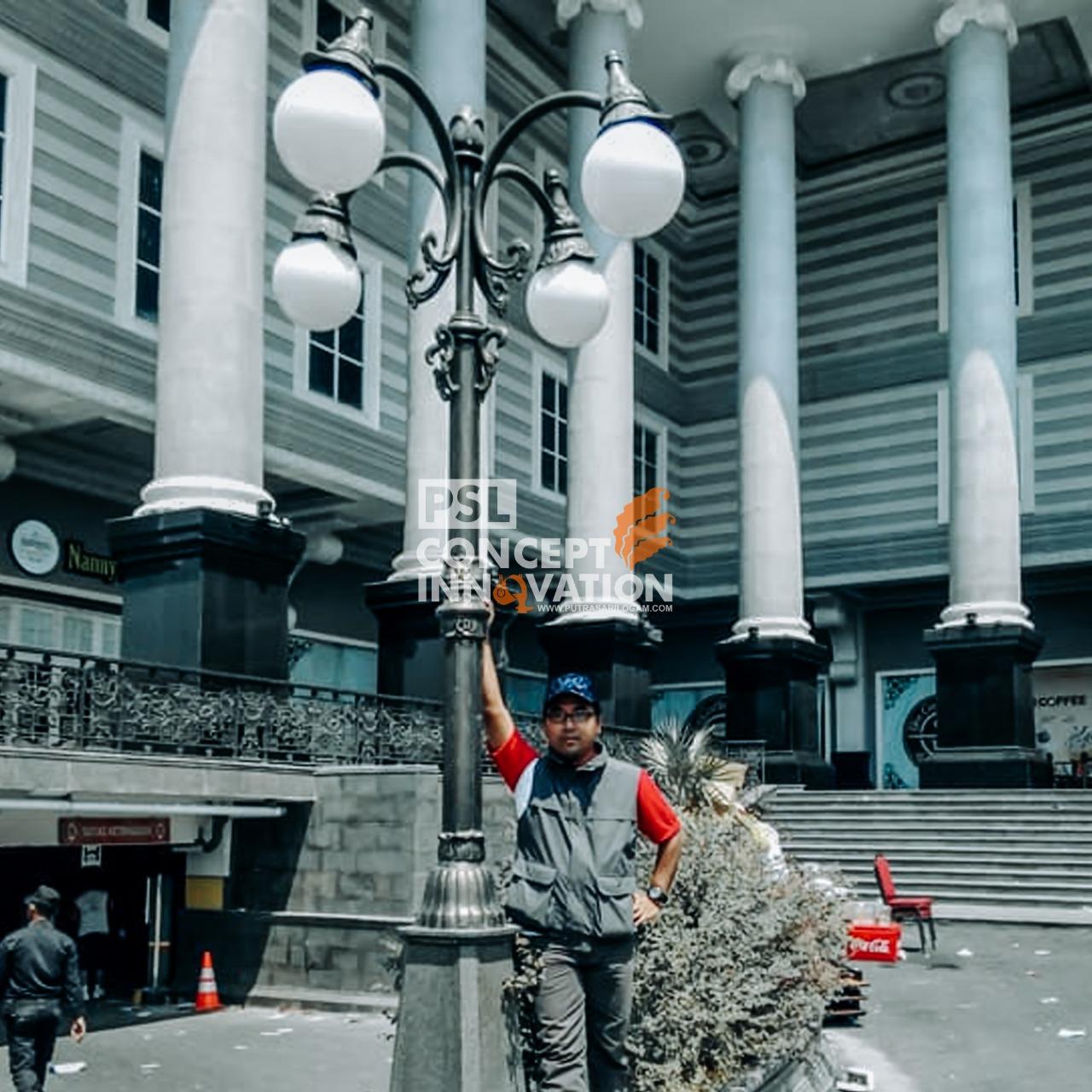 Tiang Lampu Penerang Desa Wisata Banjarejo